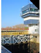 Force monitoring on lock gate